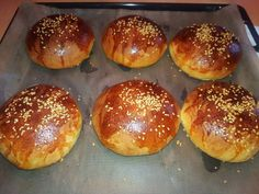Édes-szezámmagos marokkói zsemle Hamburger, Bread, Breakfast, Food, Morning Coffee, Brot, Essen, Baking, Burgers
