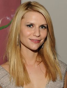Claire Danes Hairstyles: Medium Straight Haircut for Square Face Shape