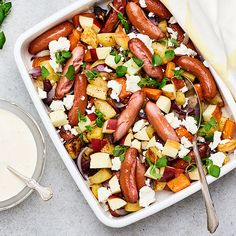 Prinskorv i ugn med äpple och fetaost | Recept ICA.se Kitchen Confidential, Good Food, Yummy Food, Sausage Recipes, Charcuterie, Kung Pao Chicken, Tapas, Sweet Home, Food And Drink