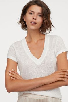 17 Short Layered Bob Haircuts Trending in 2019 - Style My Hairs Short Layered Bob Haircuts, Short Hairstyles For Women, Straight Hairstyles, Cool Hairstyles, Hairstyle Men, Formal Hairstyles, Short Hair Cuts For Teens, Short Brown Hair, Short Hair Styles