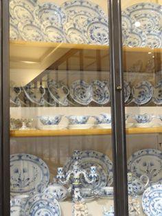 so many dishes~Vienna, Austria~House of History, LLC.