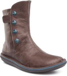 Camper Beetle 46397-010 Boots Women. Official Online Store USA. A little narrow but comfortable.