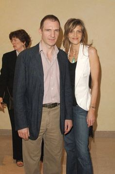Ralph Fiennes and Martha Fiennes at event of Chromophobia (2005)