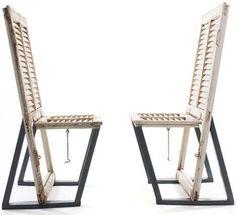 des volets ...  1 chaise