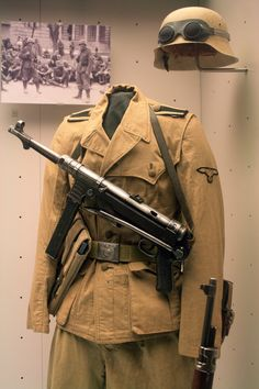 DAK UNIFORM MP40.