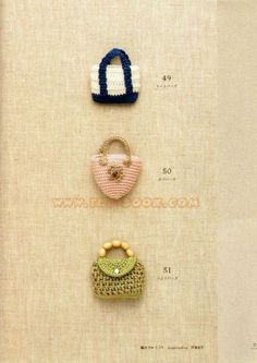 How cute are these crochet bags! Heaps of other cute crochet things from a tao-book