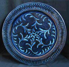 Six ferns, six phoenix shadows Pottery Plates, Ceramic Plates, The Shadow Side, Art Things, Ceramic Artists, Ferns, Cobalt, Jun, Shadows