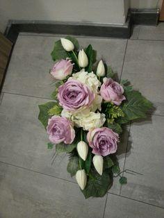 kompozycja z różą i tulipanami