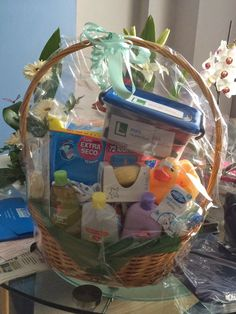 Días de Inspiración: Cesta para recién nacido y kit de supervivencia para padres primerizos- Gift basket for newborn and parents survival kit.