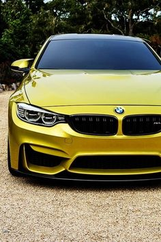BMW M4.... Man I surely love M3 but this looks also awesome!