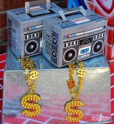Hip Hop party ideas from @greygreydesigns!  All the details can be found on our party ideas blog!