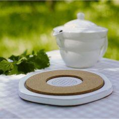 Energieplatte-Porzellanuntersetzer zur energetischen Aufwertung von Lebensmitteln http://hitlink.me/viu9kw