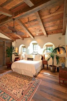 Spanish style homes – Mediterranean Home Decor Hacienda Style Homes, Spanish Style Homes, Spanish House, Spanish Style Decor, Spanish Revival, Spanish Colonial, Small Bedroom Ideas On A Budget, Spanish Bedroom, Spanish Style Bedrooms