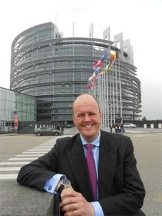 Ashley Fox MEP wants to end the Strasbourg travelling circus whereby Europe has two parliaments.