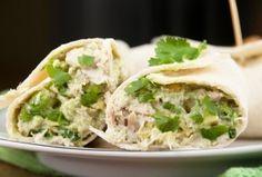 Wraps met kip en avocado zijn een relatief gezonde maaltijd en zeer geschikt als lunch.