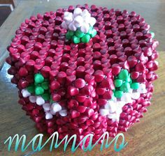 Beaded Boxes, Necklace Tutorial, Beadwork, Beaded Necklace, Container, Birthday Cake, Beads, Pattern, Craft