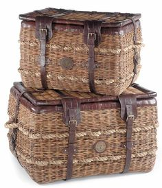 Rattan Trunk Basket w Leather Straps