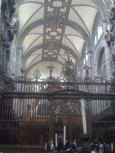 Catedral Metropolitane en México.  Bóveda de la nave principal.