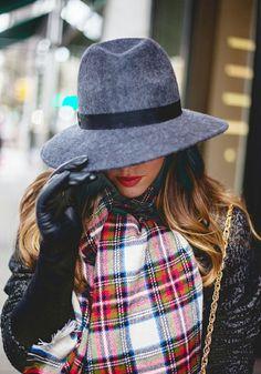 1000 images about porter mettre et nouer une charpe on pinterest comment blog and chemises - Comment mettre une echarpe plaid ...