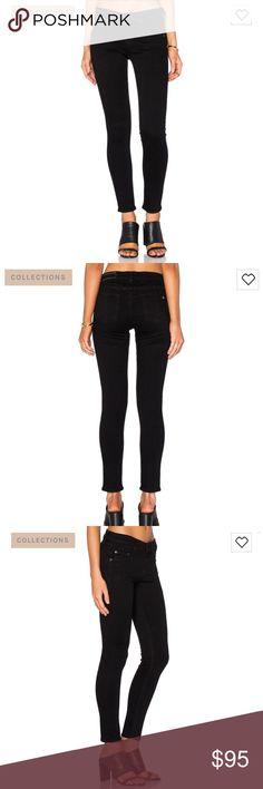 Rag & Bone Capri in Nero Black Skinny Ankle Jeans NWOT tags taken off, brand new. Never been worn rag & bone Jeans Ankle & Cropped