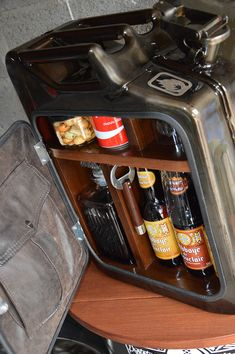JERRICAN mini bar »