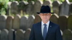 Kim jest prezydent Andrzej Duda – pomówienia, czy prawda ?