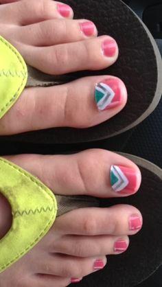 Toe nail art design Cute Toe Nails, Pink Nails, Pretty Nails, Pedicure Designs, Pedicure Nail Art, Toe Nail Art, Fingernail Designs, Toe Nail Designs, Nail Designs