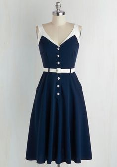 Navy Style Dress, White Waistband, Sleeves, and Buttons. I wish i had this in my closet <3 <3