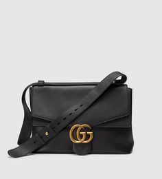 852d3d24a6b20 gg marmont leather shoulder bag Torebki Gucci