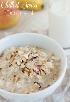 This recipe is like a copycat recipe for the Corner Bakery Cafe's Chilled Swiss Oatmeal, or muesli. It is a super easy, healthy, and delicious overnight oatmeal! Bakery Recipes, Brunch Recipes, Breakfast Recipes, Breakfast Ideas, Swiss Recipes, Oatmeal Recipes, Swiss Oatmeal Recipe, Vegetarian Freezer Meals, Muesli Recipe