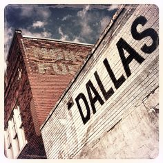Dallas, Tx - Brick Wall Deep Ellum - Click to view the definitive list of the 50 Best Places to Shoot Photos in Dallas-Fort Worth, Texas!