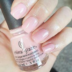 "Blush nude nails - China Glaze ""Diva Bride"""
