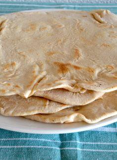 Making flour tortilla's