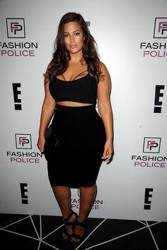 Manequim 46: Ashley Graham prova que beleza não tem a ver com tamanho; veja fotos da modelo