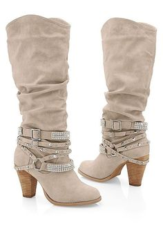 Discover comfortable & affordable shoes and boots at VENUS. Shop for everything from staple black boots to wedges, heels, ankle booties & more! Gyaru, Sweater Boots, Jeans And Boots, Soft Grunge, Colored Skinny Jeans, Slip On Boots, Studded Boots, Cute Boots, Kawaii