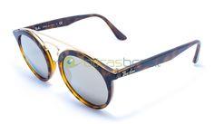 Inspirado no estilo do Ray-Ban Gatsby original surge esse novo modelo, que pode mudar as coisas para sempre. Se prepare para o Gatsby RB4256. Seu estilo unissex oferece um óculos redondo com inspiração retrô que combina perfeitamente o clássico com sua borda contemporânea. O óculos também tem duas pontes, para fornecer um estilo inovador e moderno.  http://www.oticasbrasil.com.br/ray-ban-new-gatsby-rb-4256-6092-5a-oculos-de-sol