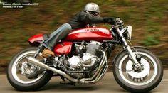 Stunningly beautiful Honda cb 750 four Cafe Racer Honda, Cafe Racers, Honda Motorcycles, Vintage Motorcycles, Custom Motorcycles, Honda Bikes, Vintage Biker, Vintage Racing, Bobbers