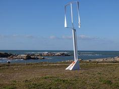 Afin de démocratiser l'éolien, Éolie a conçu une petite génératrice en kit destinée aux particuliers et professionnels qui veulent produire leur propre électricité.