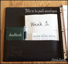 Fantastic tutorial for how to set up a Dave Ramsey Organizer via Dittle Dattle