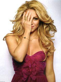 Shakira in Cosmopolitan magazine July 2010