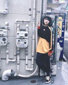 Japanese Fashion, Japanese Girl, Cute Comfy Outfits, Casual Outfits, Dope Fashion, Girl Fashion, Mode Kawaii, Pose Reference Photo, Aesthetic Japan