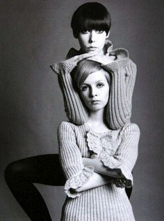 Twiggy and Peggy Moffitt ♥ 1960's