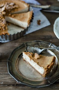 vanilla chai spiced cheesecake pie