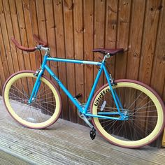 Just been out on my new bike. Really happy of the quality of this single speed. British made, and cool as hell! I look like a propa hipster wan*** now! #quella #singlespeed #bikesandbeards #bikelegs