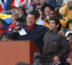 En el marco de la Cumbre de los Pueblos, en Mar del Plata, se unió a Hugo Chavez Largest Countries, Countries Of The World, Diego Armando, Best Football Players, Communism, Fifa World Cup, Cristiano Ronaldo, Astro, Sexy Men