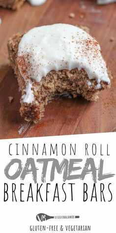 Homemade Oatmeal breakfast bars are the perfect healthier treat when your craving cinnamon rolls on the Sunday morning but want something healthier packed with oats. (Gluten Free, Low Sugar, Dairy Free and Vegan friendly.) via veggiebalance Homemade Oatmeal Breakfast Bars, Best Breakfast, Breakfast Bar Food, Gluten Free Recipes For Breakfast, Dairy Free Recipes, Vegan Protein Bars, Gluten Free Oatmeal, Healthy Treats, Healthy Food