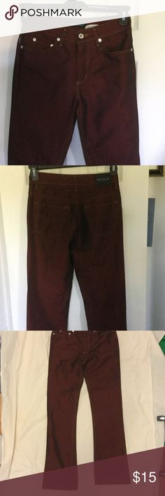 BUFFALO Red Jeans size 25 🎉HOLIDAY 🎉 Size 25 Red wash Denim perfect for the Holidays! Buffalo David Bitton Jeans Straight Leg