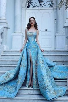 Best Design Ideas for Haute Couture Dresses Elegant Dresses, Pretty Dresses, Formal Dresses, Vintage Dresses, Vintage Ball Gowns, Elegant Ball Gowns, Blue Ball Gowns, Fancy Gowns, Formal Prom