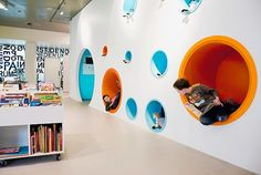 Libreria en Hjorring-Dinamarca-what a great idea for a library-or even a room in the house.  Showing to Jim!