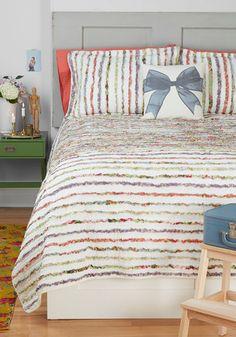 My Dorm Decor http://oliviagraceperspective.blogspot.com/2013/08/dorm-decor-ideas.html